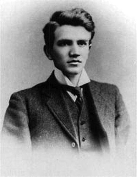 Bruce Cummings