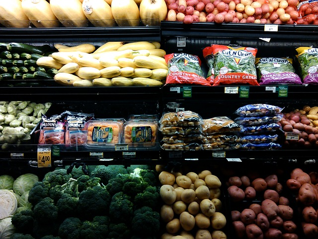 9 Ways to Save Money on Your Groceries
